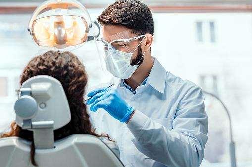 Reasons To Visit Dentist Regularly